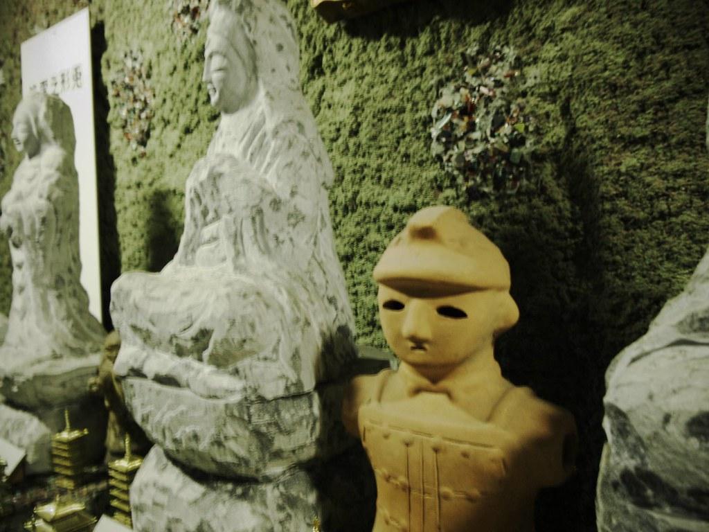 仏像と埴輪