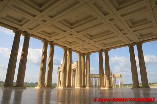 architecture geotagged lacs eglise civ côtedivoire yamoussoukro basiliquedenotredamedelapaix côted'ivoirela geo:lat=681133925 geo:lon=529617313