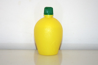 07 - Zutat Zitronensaft / Ingredient lemon juice