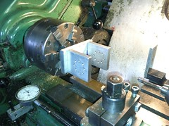 machine(1.0), tool(1.0), tool and cutter grinder(1.0), machine tool(1.0), lathe(1.0),