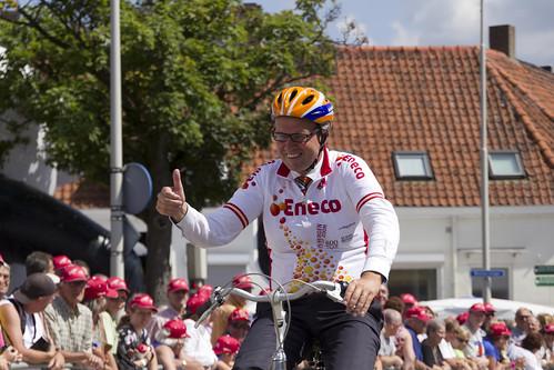 Burgemeester Han Polman heeft er zin in op de Eneco Tour