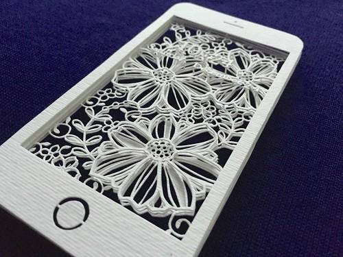 Smartphone Paper Cutting - Naho Katayama