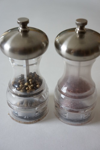salt & pepper grinder