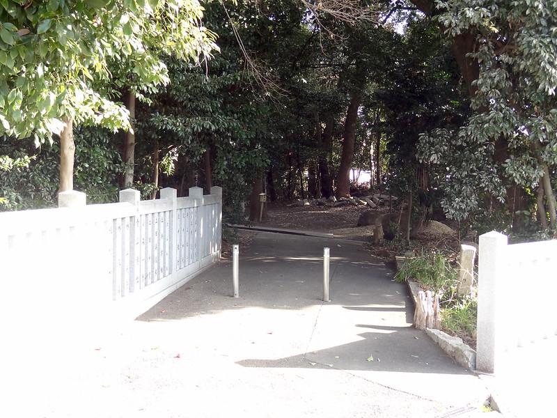 荒見神社(Arami-jinja Shrine) / 菊水の泉 入口