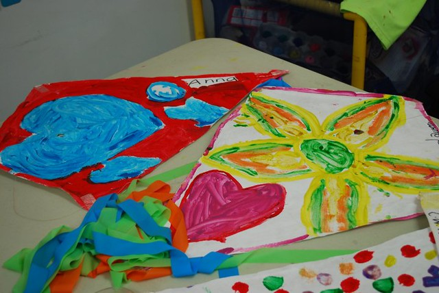Kite decoration with paint flickr photo sharing for Decoration kite