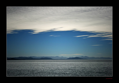 ocean sea sky mountains clouds horizon australia hills pacificocean strata nsw cirrus trialbay midnorthcoast