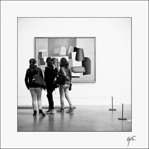 Contemplation by Guillaume et Anne