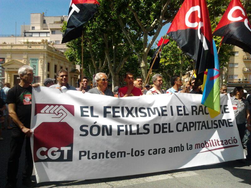 el feixisme i el racisme són fills del capitalisme. #29Jcontraelfeixisme CGT a El Vendrell