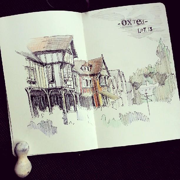 #Oxted #UK #sketchbook #sketch #urbansketchers #moleskine #urbansketch #Usk #sketchonlocation