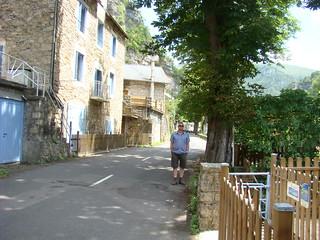 29 Tussenstop bij klein dorpje met Arjan