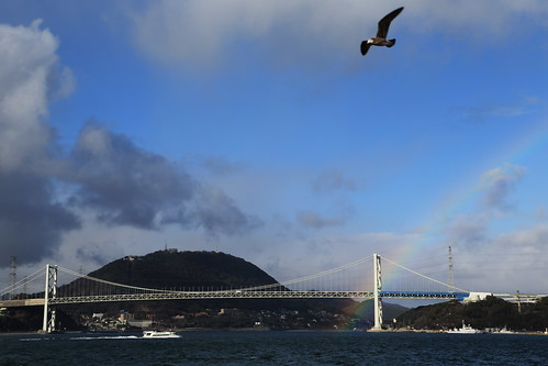 sea japan landscape boat rainbow seagull 日本 japon kyusyu 九州 かもめ 虹 moji 下関 shimonoseki 門司港 関門海峡 吊り橋 関門橋 canoneos5dmarkⅲ thekanmonstraitsbridge