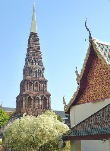 TH-Lamphun-Wat Phra That Haripunchai (1)