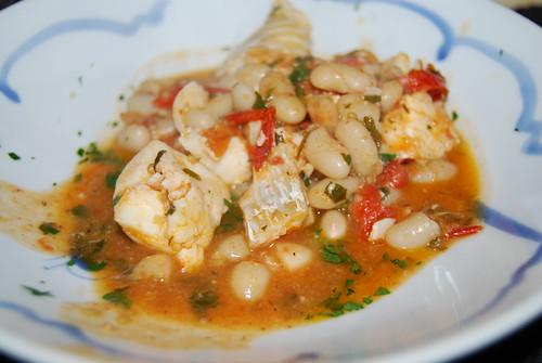 Guazzetto di pesce e fagioli