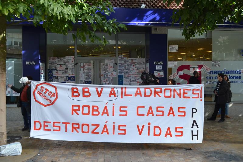 Murcia centro enero 2015 para URBANARTIMAÑA. stop desahucios y calle Almudí
