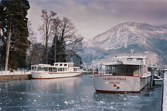 Lac d'Annecy gelé