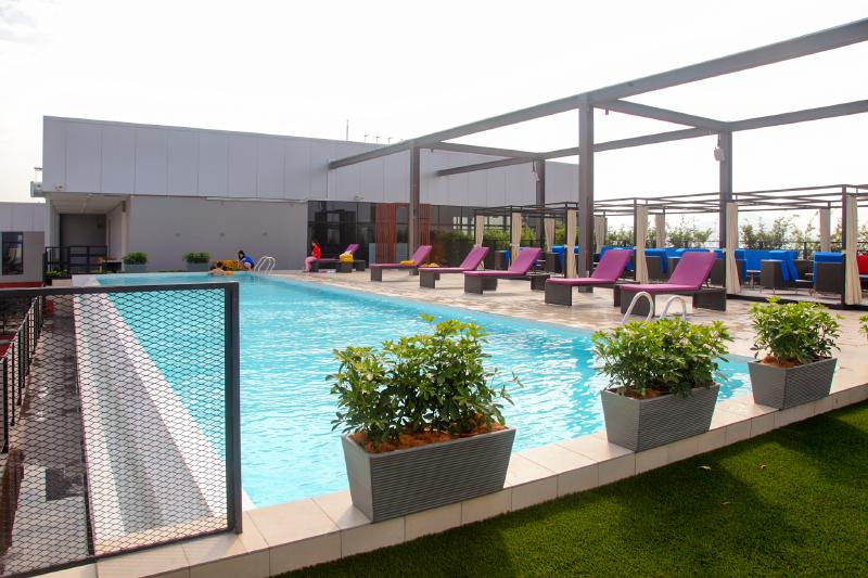 WEIL-Hotel-Pool