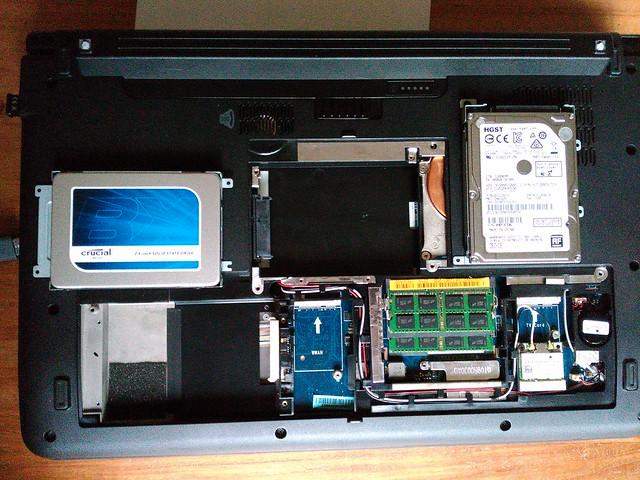 Dell Studio 1749 - Preparing the new disks