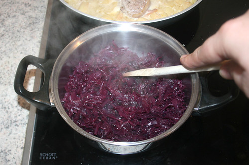 30 - Rotkraut kochen / Cook red cabbage