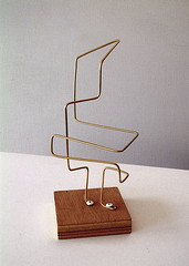 2005 - 'Moving Cube in Wire' an abstract copper wire sculpture, free image in public domain / Commons, CC-BY – painter-artist, Fons Heijnsbroek