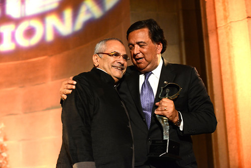 Jose Ramos Horta receives McCall Pierpaoli award from Governor Bill Richardson
