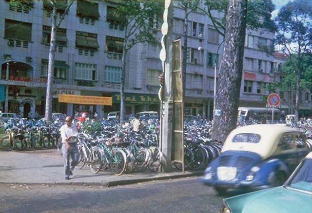 Bicycles, Saigon 1965