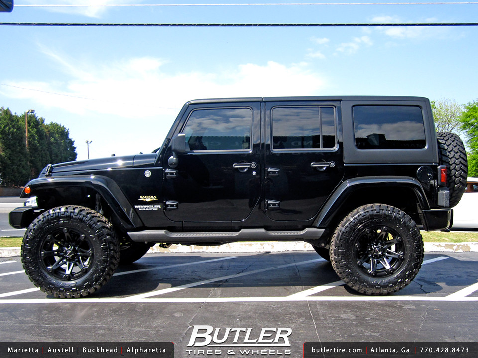 Jeep Wrangler With 18in Ballistic Jester Wheels
