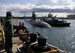 USS Bremerton (SSN 698) returns to Joint Base Pearl Harbor-Hickam May 30. (U.S. Navy photo by Mass Communication Specialist 2nd Class Steven Khor/Released)