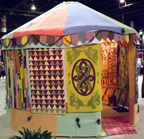 IQF Chicago 2013 - The Quilted Yurt in the USA by Linzi Upton