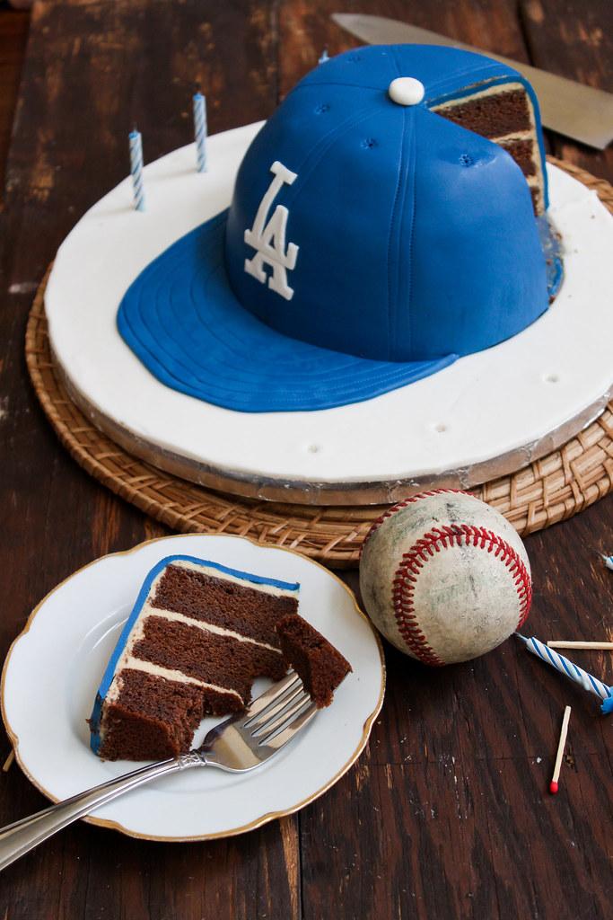 Make A Baseball Cap Cake