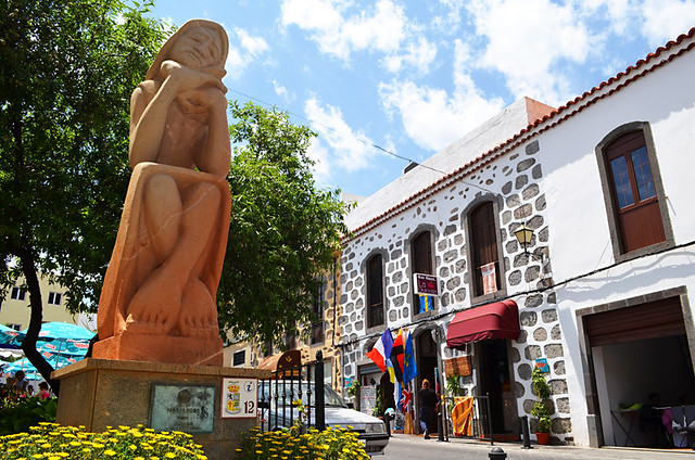 Sculpture of Local Woman, Tunte, San Bartolome de Tijarana, Gran Canaria