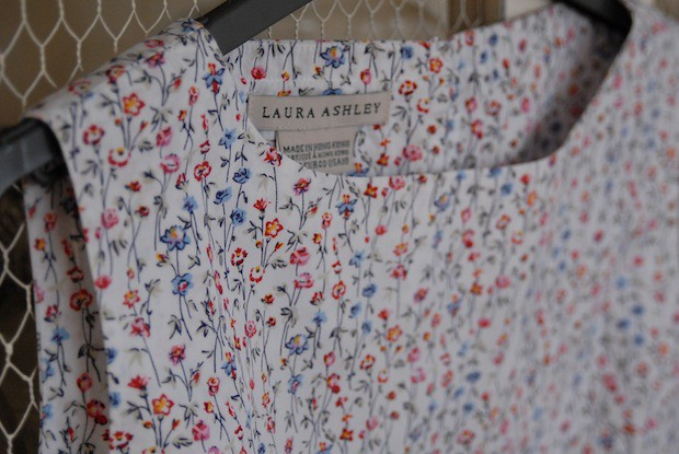 LAURA-ASHLEY-FLORAL-TOP-2