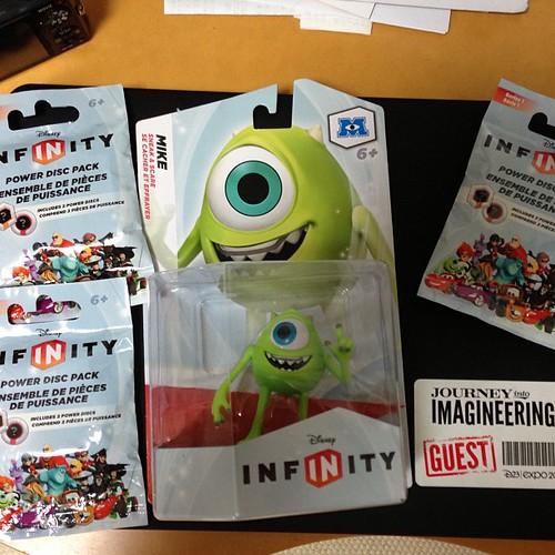 Disney Infinityのマイクとパワーディスクが届いたよー