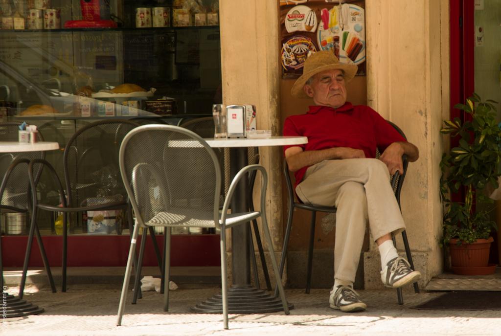 Italy, Man at Café in Città della Pieve