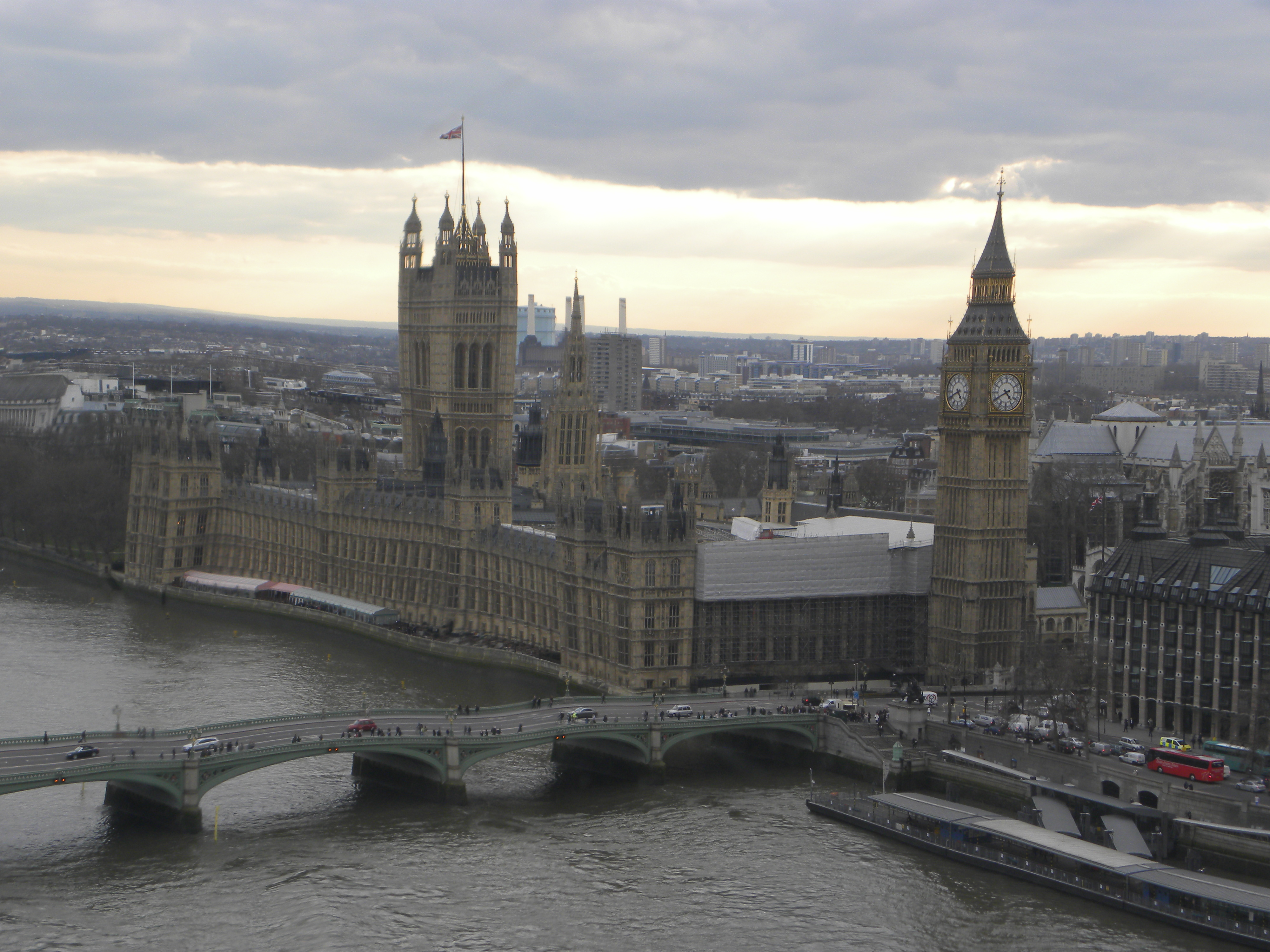 23 View of the Houses of Parliament from the London Eye
