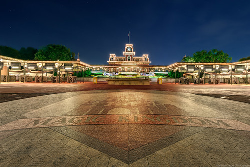 night stars nikon glow disney disneyworld trainstation wdw waltdisneyworld hdr magickingdom d800 matthewcooper