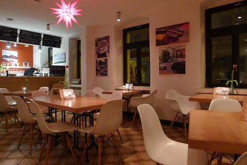 flax restaurant in dresden vegan in berlin. Black Bedroom Furniture Sets. Home Design Ideas