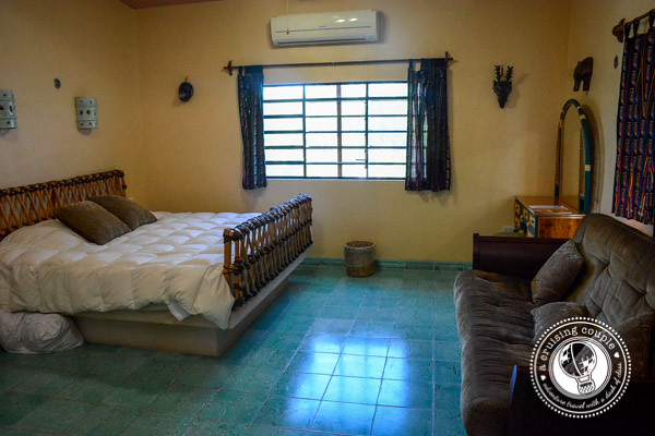 Casa Hamaca Guesthouse - Mayan Themed Accommodation