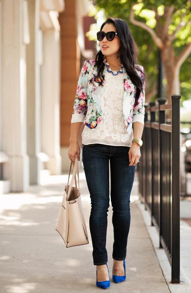 cute & little blog | petite fashion | paper dolls floral blazer, crochet lace rop, rag bone skinny jeans, cobalt blue pumps | spring outfit
