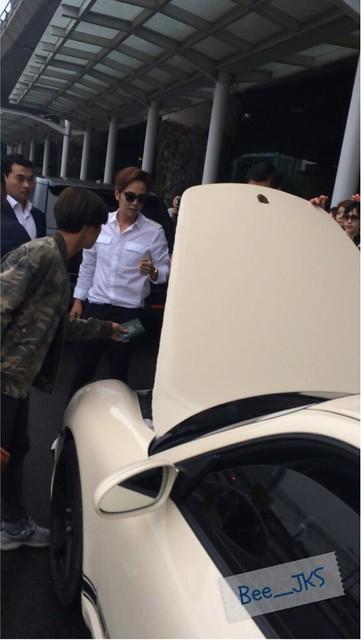 [Pics-2] JKS returned from Beijing to Seoul_20140427 14012022416_de10cba0a5_z