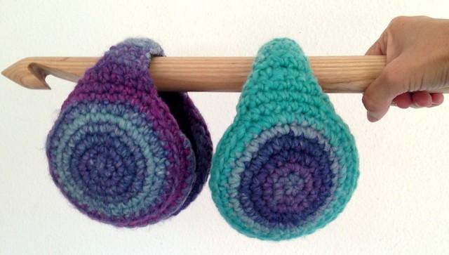 wool earmuffs , orejeras en lana