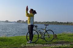 bisikletyoga-bisikletim-garudasana