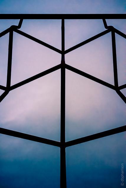 "4/52 ""Symmetry"""