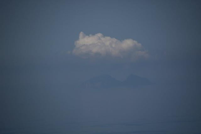 Palmarola e la nuvola