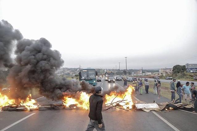 Paralisação de rodovia no último dia 28, em ato convocado pela Frente Povo Sem Medo - Créditos: MTST