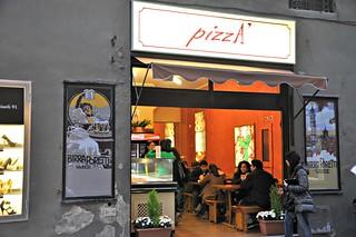 http://hojeconhecemos.blogspot.com.es/2013/06/eat-pizza-florenca-italia.html