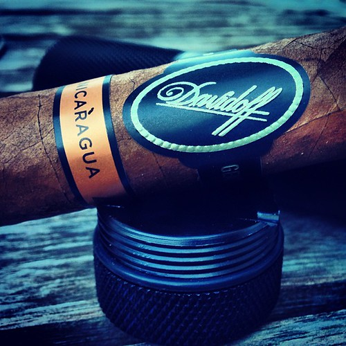 Lets give this Davidoff Nicaragua a try.