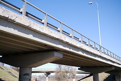 highway(0.0), vehicle(0.0), transport(0.0), public transport(0.0), truss bridge(0.0), cantilever bridge(0.0), arch bridge(0.0), viaduct(0.0), walkway(0.0), skyway(0.0), cable-stayed bridge(0.0), girder bridge(1.0), beam bridge(1.0), controlled-access highway(1.0), overpass(1.0), bridge(1.0),