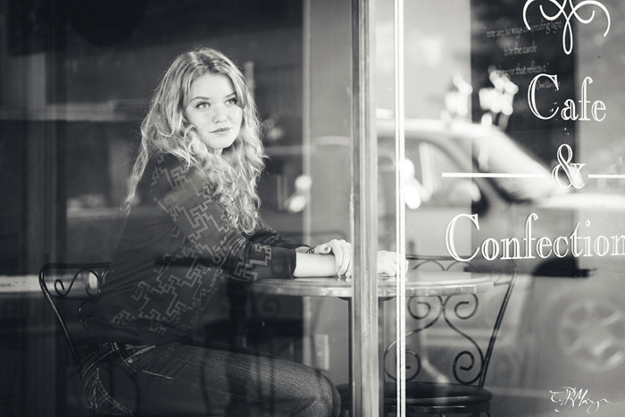 Cafe_Window