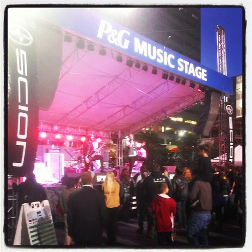 Friday night #4EG Rocktober @MyFountainSqr with @genmae5