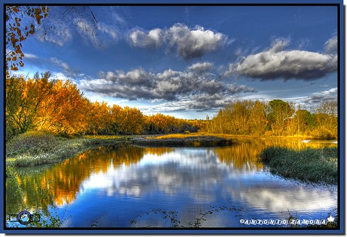 blue orange cloud paisajes naturaleza rio yellow azul clouds river landscape landscapes paisaje amarillo cielo nubes otoño naranja nube mancha castillalamancha jucar júcar manchuela antoniozamora manchuelaconquense идеизацвят